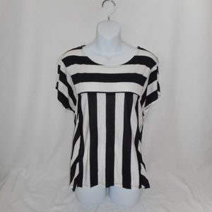 NEW! ~Forever 21~ Pretty Striped Blouse Sz Med